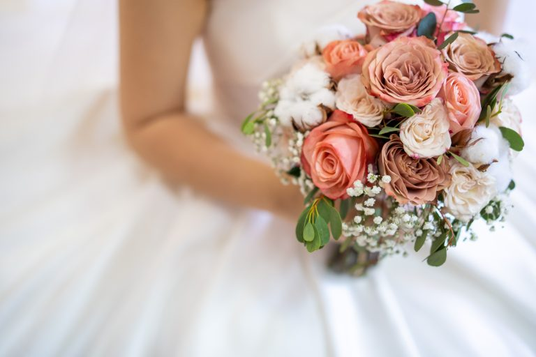 Купить букет цветов на свадьбу